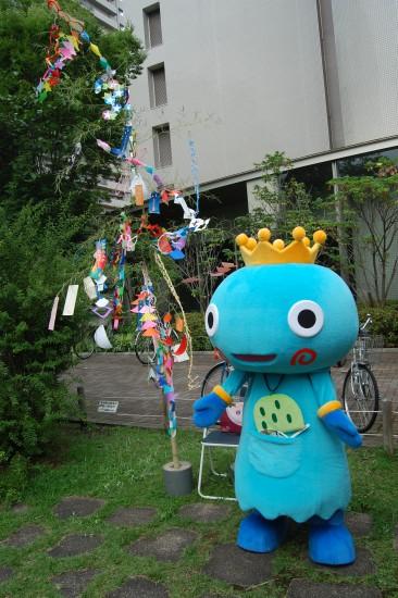 3.みやたんと笹飾り DSC_9509