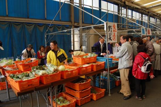 6-2.売店(野菜市) DSC_3655
